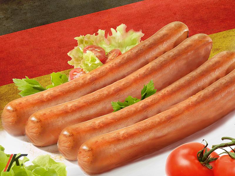 Frankfurt sausage with salad